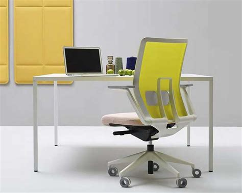 Poltrone Ufficio Genova : Office Furniture, Wall Partitions