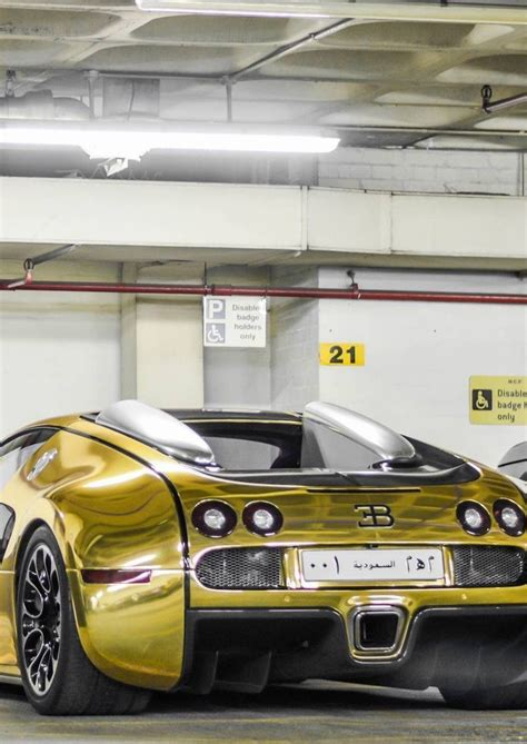 973 x 722 jpeg 143 кб. Bugatti Veyron Dark and Gold | Carros de lujo, Autos, Autos exoticos