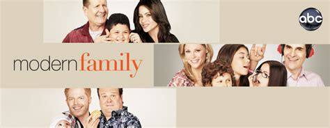 modern family promotional poster modern family photo 9520316 fanpop