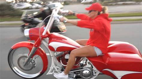 females  big wheel baggers youtube