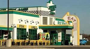 Quaker Steak & Lube Opening at Cedar Point May 2015