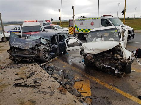 Approx 5 People Are In Critical Condition After Bakkie
