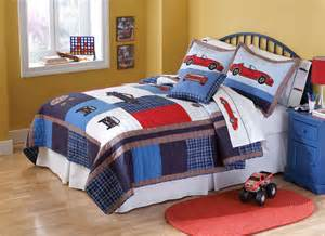 cars boys bedding quilt set in twin and full queen with racing cars
