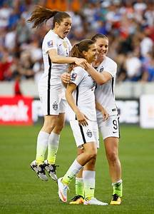 Kelly O'Hara Photos - Team1 v Team2: Final - 2016 CONCACAF ...