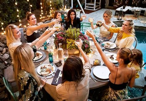 How To Host A Fabulous, High Class Dinner Party On A Super