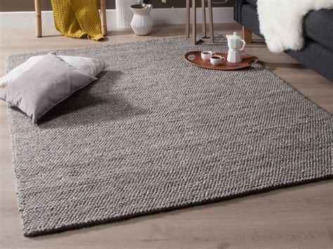 la porte de la cuisine tapis tissé effet bouclé gris chellam 140x200 cm