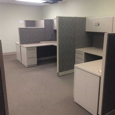 pre owned allsteel cubicle orlando  biege cubicle