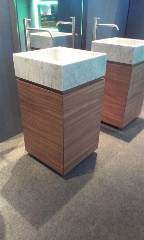 Antonio Lupi Blokko free standing wash basin, carrara