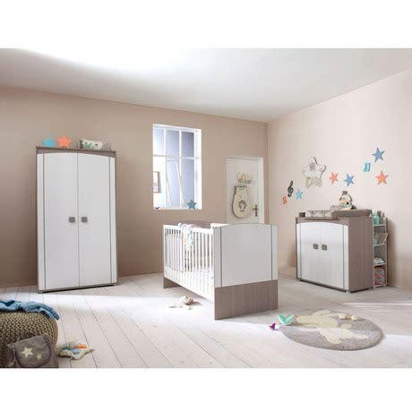 chambre bébé bébé 9 gau juleslca70