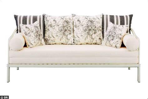 mini canapé lit mini prix pour canapé lit un canapé qu 39 on aime à moins