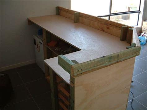 fabriquer un bar de cuisine fabriquer un comptoir de cuisine en bois 2 plan pour