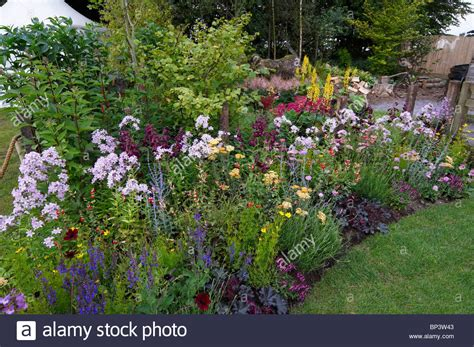 how to create a cottage garden border how to create a cottage garden border 28 images cottage garden border designs pdf my