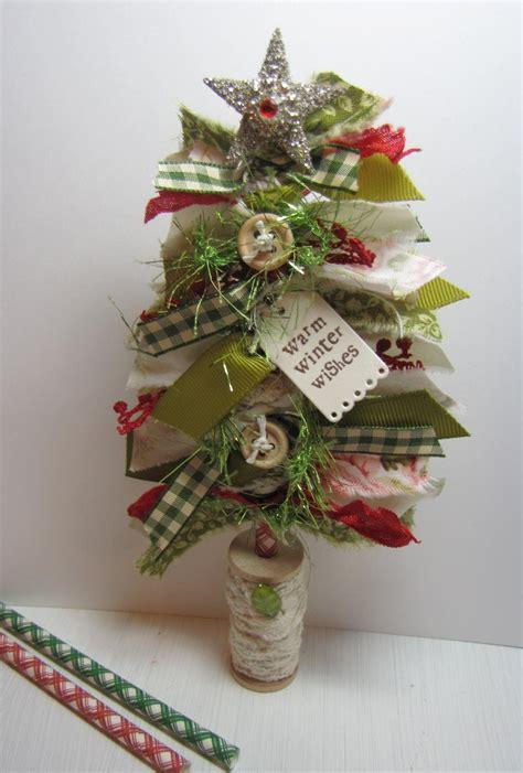 make a rag strip christmas tree greenwood cards make it monday 229 fabric trees