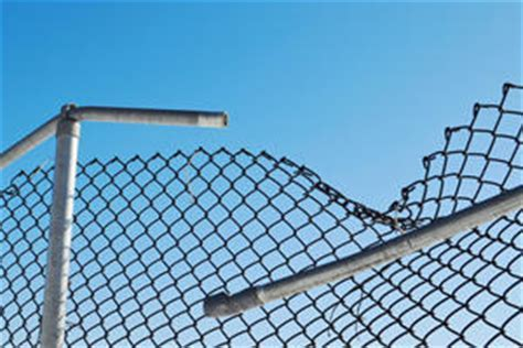 2018 Chain Link Fence Repair Cost   Fix Chain Link Fencing