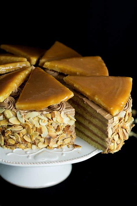 Dobos Torte - Hungarian Layer Cake Recipe