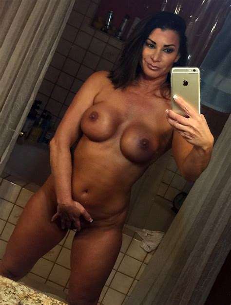 Showing Porn Images For Victoria Wwe Porn Nopeporn Com
