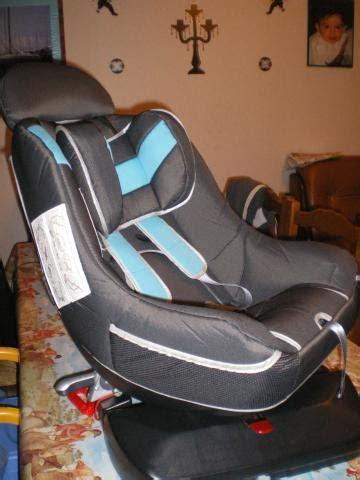 siege auto pivotant trottine siège auto pivotant trottine equipement bébé maison