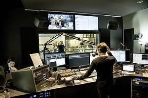 Seattle's KEXP Public Radio $15 million Broadcast Complex by