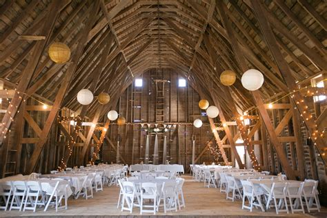 wedding planner   farm barn venue wedding