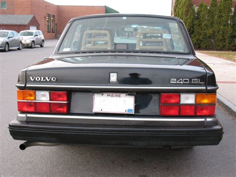 how can i learn about cars 1992 volvo 960 parking system 1992 volvo 240 information and photos momentcar