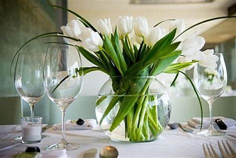 Floral Centerpieces For Dining Room Tables by Dining Room Table Flower Arrangements Flowers