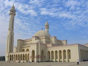Famous Mosques in Dubai