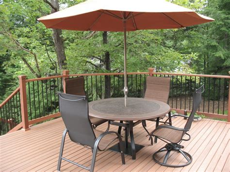 Garden Patio Table And Chairs by Outdoor Deck Furniture Deck Table And Chairs With
