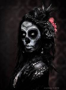 Day of the dead art. Sugar Skull makeup #skulls | Holidays ...