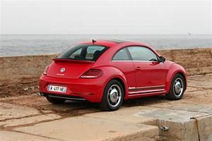 Volkswagen Coccinelle Design : coccinelle vw essai ~ Medecine-chirurgie-esthetiques.com Avis de Voitures