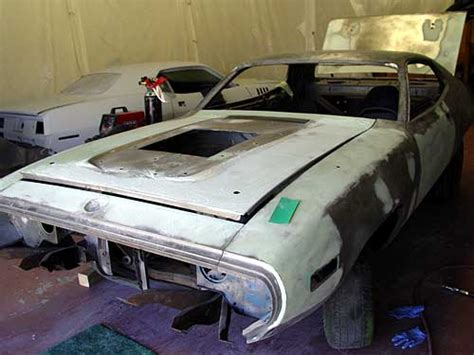 customers project car  road runner