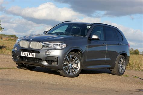 bmw suv review bmw x5 suv review parkers