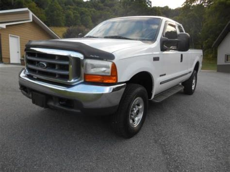 find   ford   lariat extended cab  united