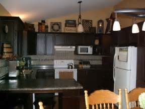 ideas for decorating kitchen countertops kitchen primitive decorating ideas for kitchen with granite countertops primitive decorating