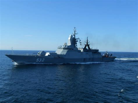 russian warships wait  english channel due  bad