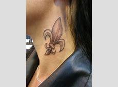 Tatouage Femme Dos Fleur De Lys Tattoo Art