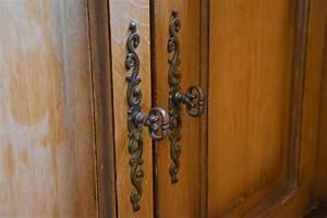 renovation cuisine rustique chene cool renover cuisine en With repeindre une armoire en pin