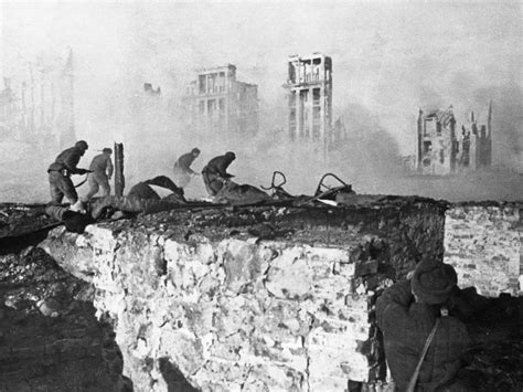the siege of stalingrad stalingrad battle of pictures images