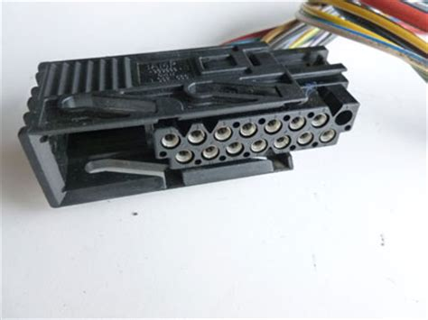 1997 bmw 528i e39 light and check control module loewe lcm connector plug w pigtail 1382566