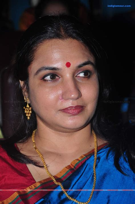 Sukanya Actress Hd Photosimagespics And Stills