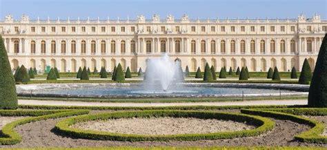 Das Schloss Vom Garten Aus  Schloss Versailles