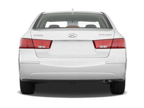 hyundai sonata hybrid green news car features