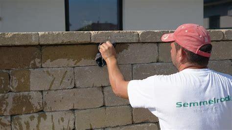 rigipsplatten kleben mit fliesenkleber gartenmauerabschluss betonsteinmauer mit abdecksteinen finalisieren anleitung diybook de