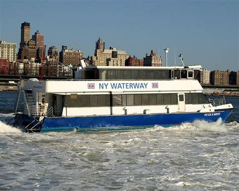 Boat Ride Hudson River Nyc by 551 Best Ferries Commutes And More Images On