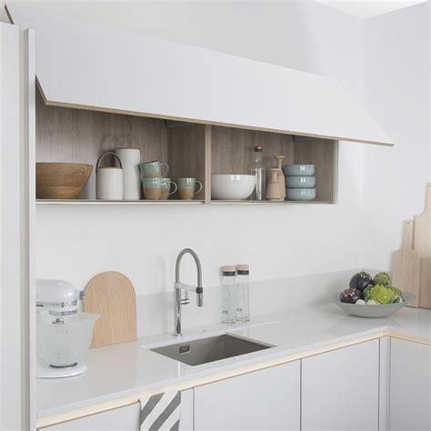 meuble haut cuisine bois bien cuisines blanches et bois 2 1000 id233es 224