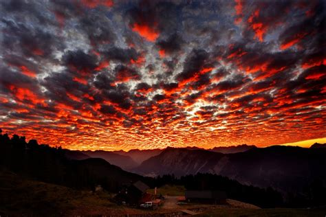 terra incognita  psychedelic sunset small pix gallery