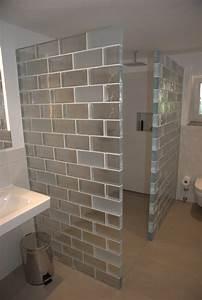 Wand Aus Glasbausteinen : glasw nde als duschabtrennung im badezimmer der partner f r kreative wandgestaltung und ~ Markanthonyermac.com Haus und Dekorationen