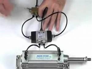 Distributeur Hydraulique Commande Electrique : distributeur penumatique double effet commandes lectrique avec diff rent type youtube ~ Medecine-chirurgie-esthetiques.com Avis de Voitures