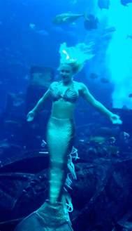 Atlantis Underwater Real Mermaid