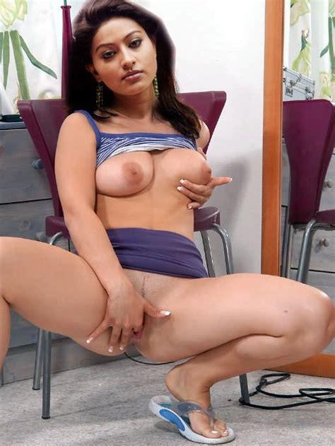 Sneha Fingering Pussy N Pressing Nipple Bolly Tube