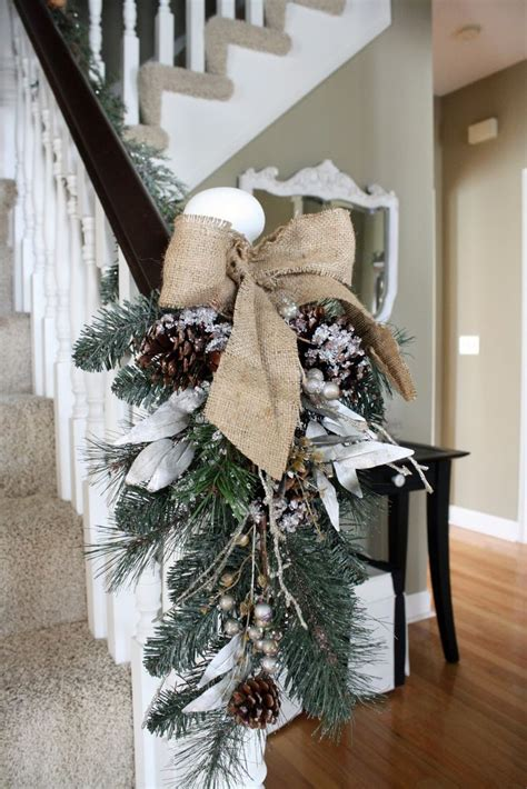 christmas ideas  decorating  burlap interior vogue